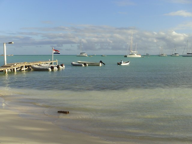 Anegada_anchorage.JPG