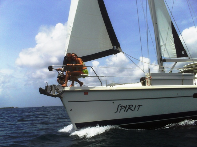 sailing_in_the_Gorda_sound_082511.JPG